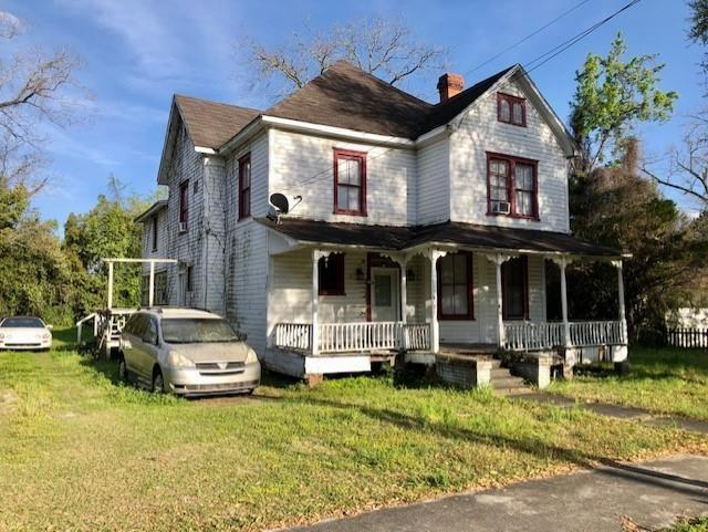 House view featured at 811 Gilmore St, Waycross, GA 31501
