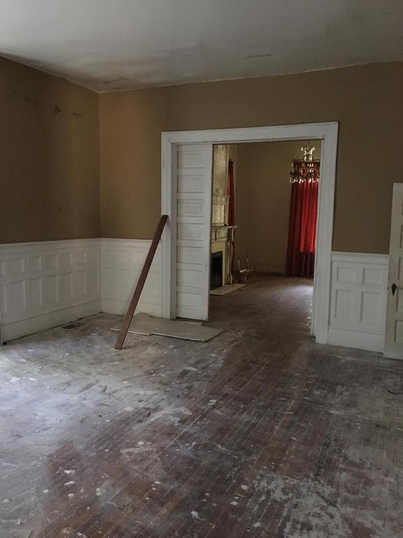 Property featured at 601 Nash St W, Wilson, NC 27893