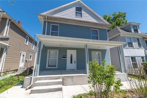 Dayton Oh 5 Bedroom Homes For Sale Realtor Com