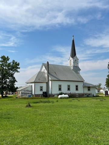 Farm land featured at 106 Minnesota Ave E, Flaxton, ND 58737