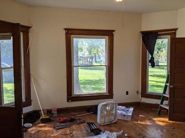 Living room featured at 229 Main St, Prairie Home, MO 65068