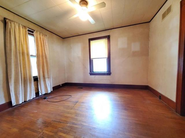 Living room featured at 240 W 15th St, Horton, KS 66439
