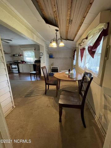 Dining room featured at 309 W Railroad St, Robersonville, NC 27871