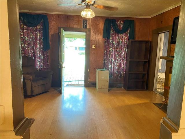 Living room featured at 257 Tassin St, Moreauville, LA 71355