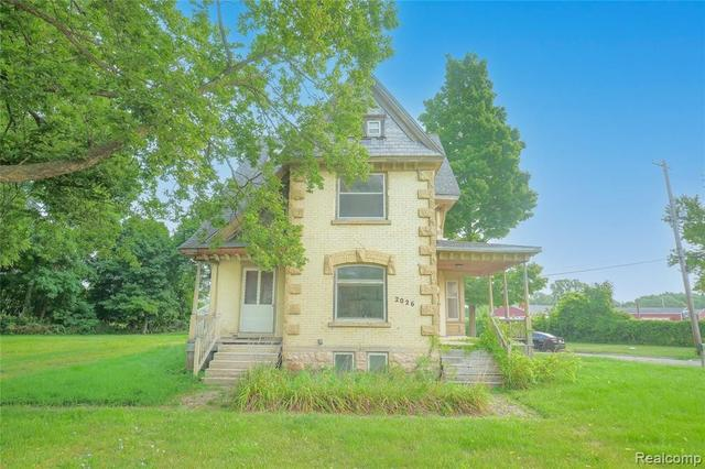 House view featured at 2026 N Grand River Ave, Lansing, MI 48906