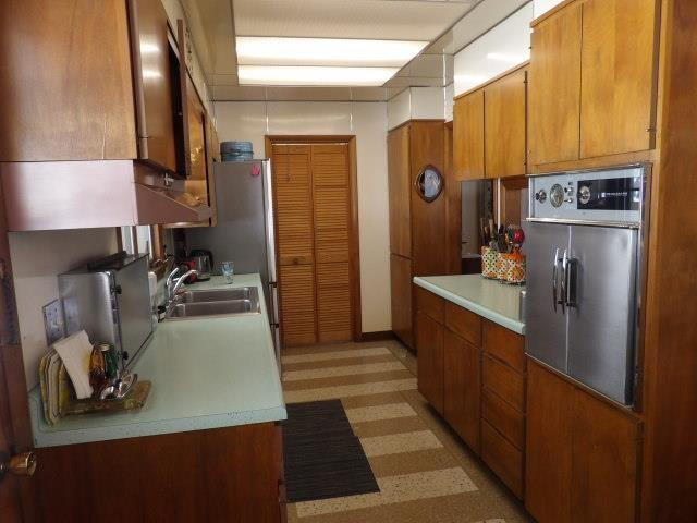 Kitchen featured at 122 Disque Dr, Seneca, PA 16346