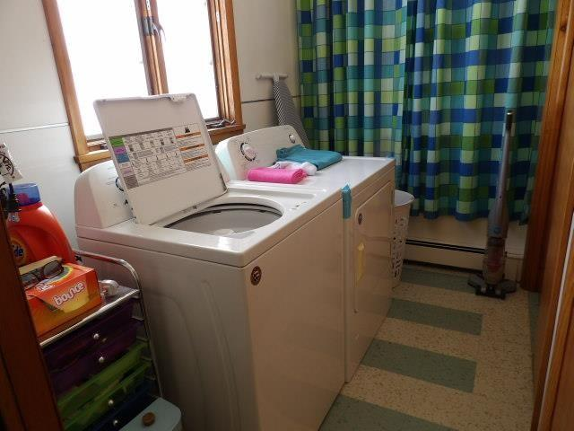 Laundry room featured at 122 Disque Dr, Seneca, PA 16346