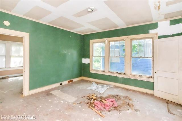 Bedroom featured at 805 Charles St, Mobile, AL 36604