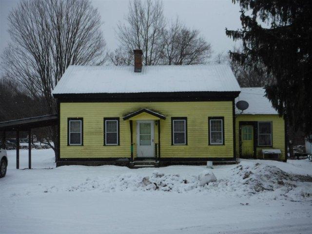 House view featured at 27 Park St, Castleton, VT 05735