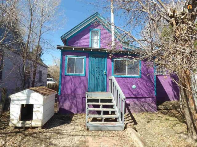 House view featured at 517 S 2nd St, Raton, NM 87740