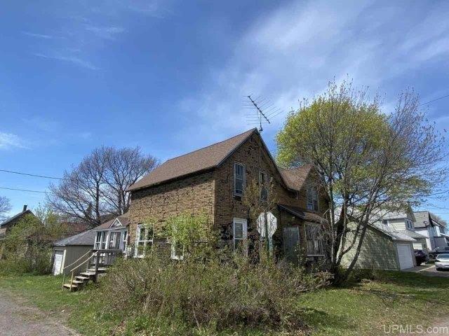 Farm land featured at 25842 Cedar St, Calumet, MI 49913