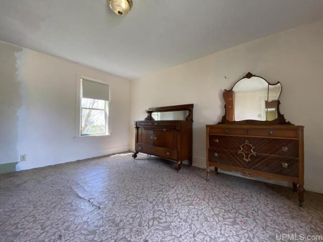 Bedroom featured at 25842 Cedar St, Calumet, MI 49913