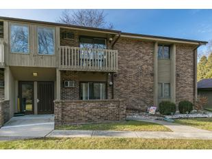 "<div></img>3813 Cheyenne Ct Apt F</div><div>Racine, Wisconsin 53404</div>"" data-original=""/img/cdn/assets/layout/patch_white_bg.jpg"" data-recalc-dims=""1″></a></figure><div class="