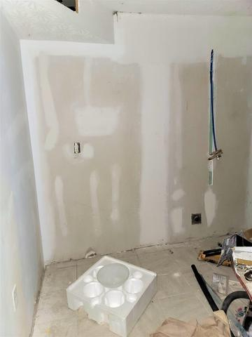 Bathroom featured at 334 W 2nd St, Maysville, KY 41056