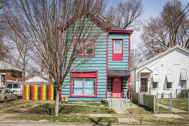 House view featured at 3119 Portland Ave, Louisville, KY 40212