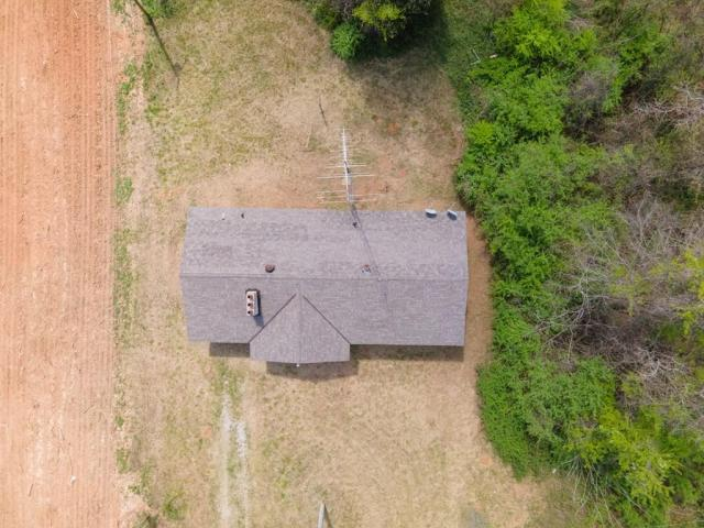 Road view featured at 6490 Old Lee Hwy, Cherokee, AL 35616