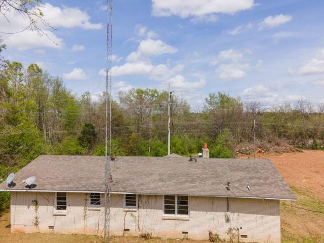 House view featured at 6490 Old Lee Hwy, Cherokee, AL 35616