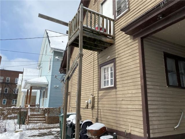41 Kohlman St, Rochester, NY 14621