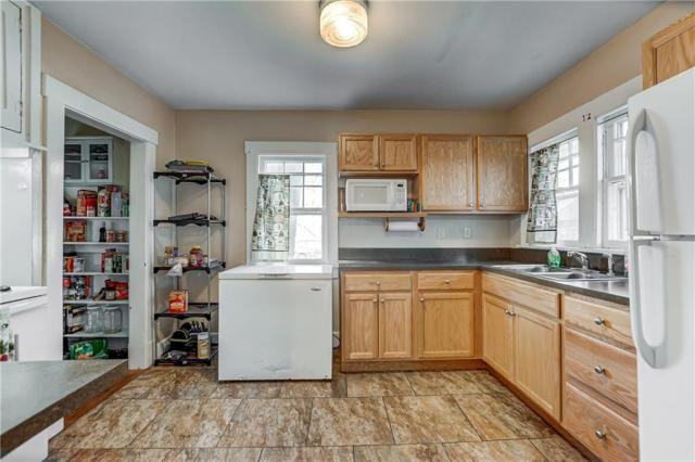 Kitchen featured at 214 Taylor Ave, Decatur, IL 62522