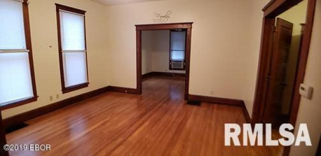 Property featured at 814 N Mulberry St, Mount Carmel, IL 62863