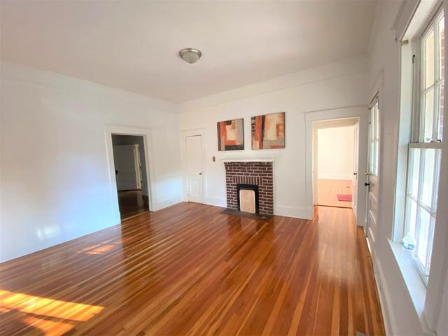 Living room featured at 217 Jackson Ave, Greenwood, SC 29646