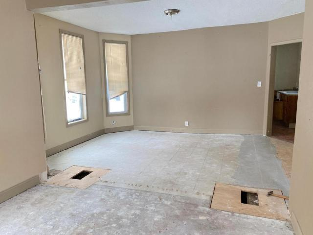 Bedroom featured at 1224 James Ave, Albert Lea, MN 56007