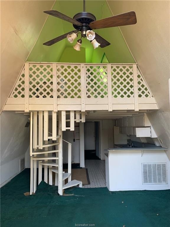 Porch featured at 1003 Travis St, Bryan, TX 77803