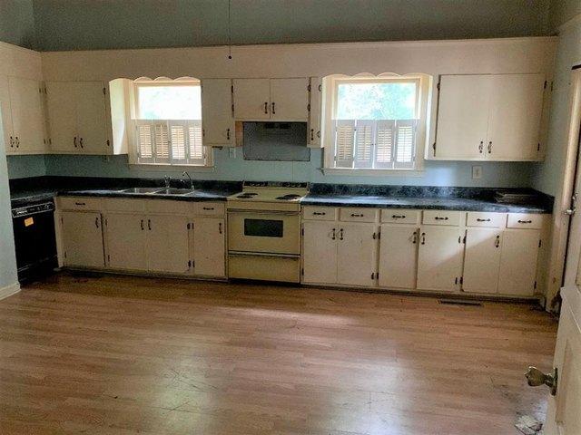 Property featured at 817 Calhoun St, Johnston, SC 29832