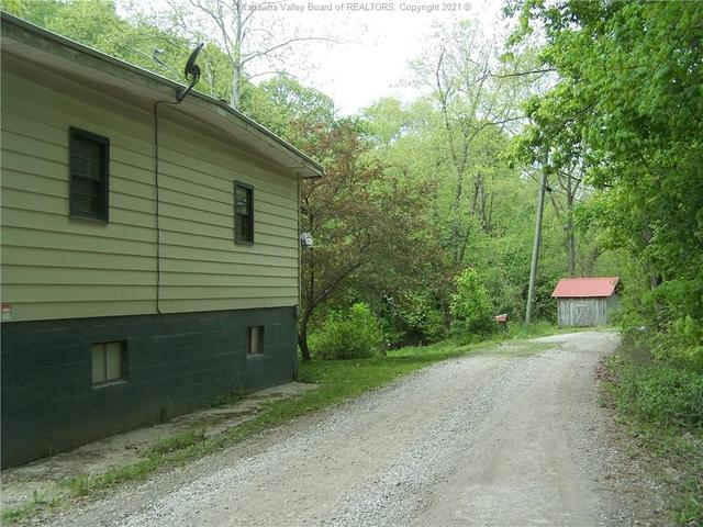 Road view featured at 228 Salt Lick Rd, Gallipolis Ferry, WV 25515