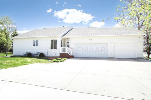 https www realtor com realestateandhomes search west fargo nd with singlestory