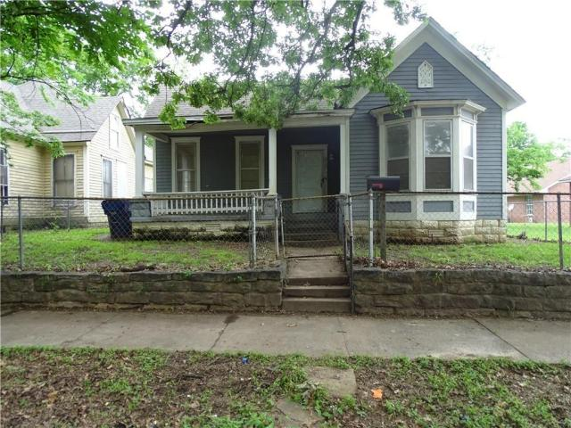 House view featured at 415 N 17th St, Fort Smith, AR 72901
