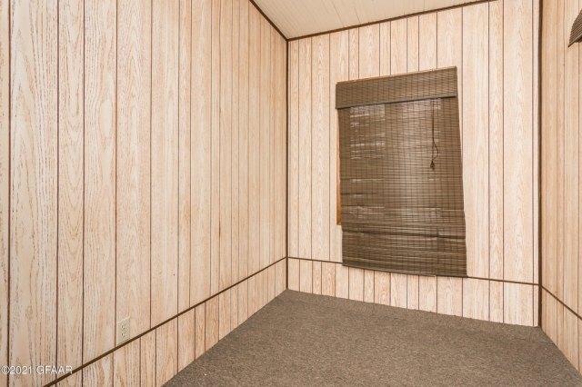 Garage featured at 107 Riverside Dr, Stephen, MN 56757