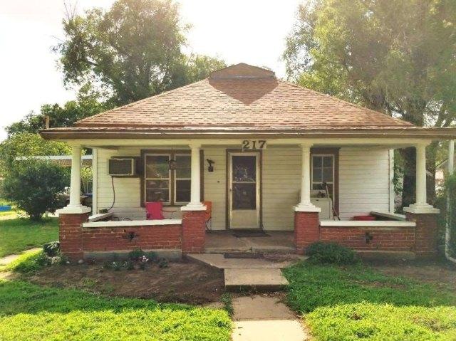 Porch featured at 217 N Main St, Argonia, KS 67004