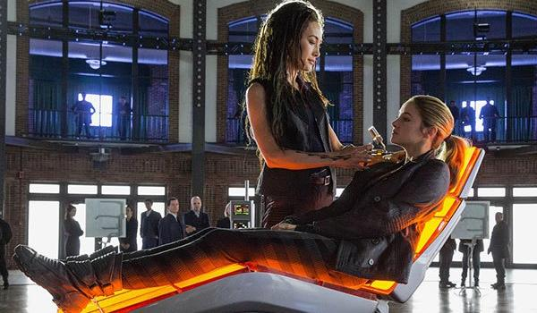 6 Reasons Divergent Is Better Than The Hunger Games A