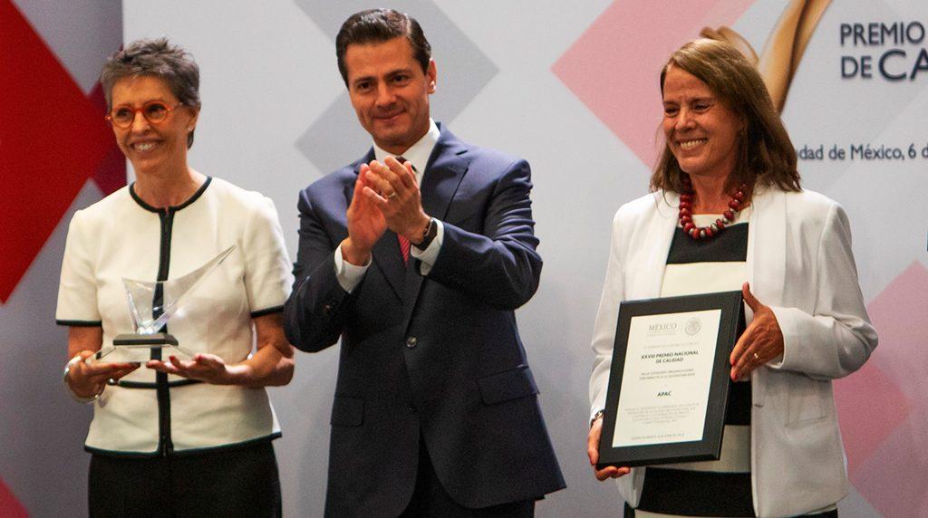Leonor Ortiz Monasterio y Gabriela Molina reciben el Premio Nacional de Calidad 2017