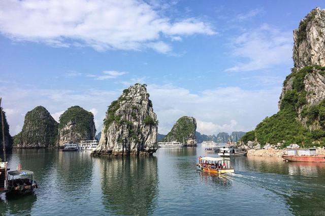 Brogan Abroad Halong Bay - Best Boat Trips apackedlife.com