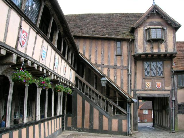 21 Fascinating Things To Do In Warwickshire -Lord Leycester Hospital Warwick