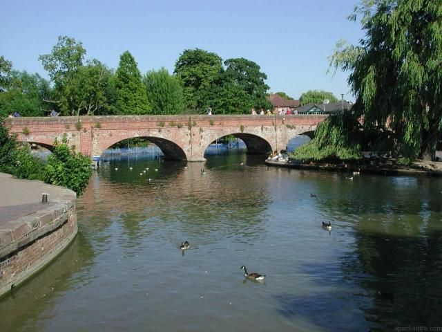 21 Fascinating Things To Do In Warwickshire - River Avon at Stratford-upon-Avon