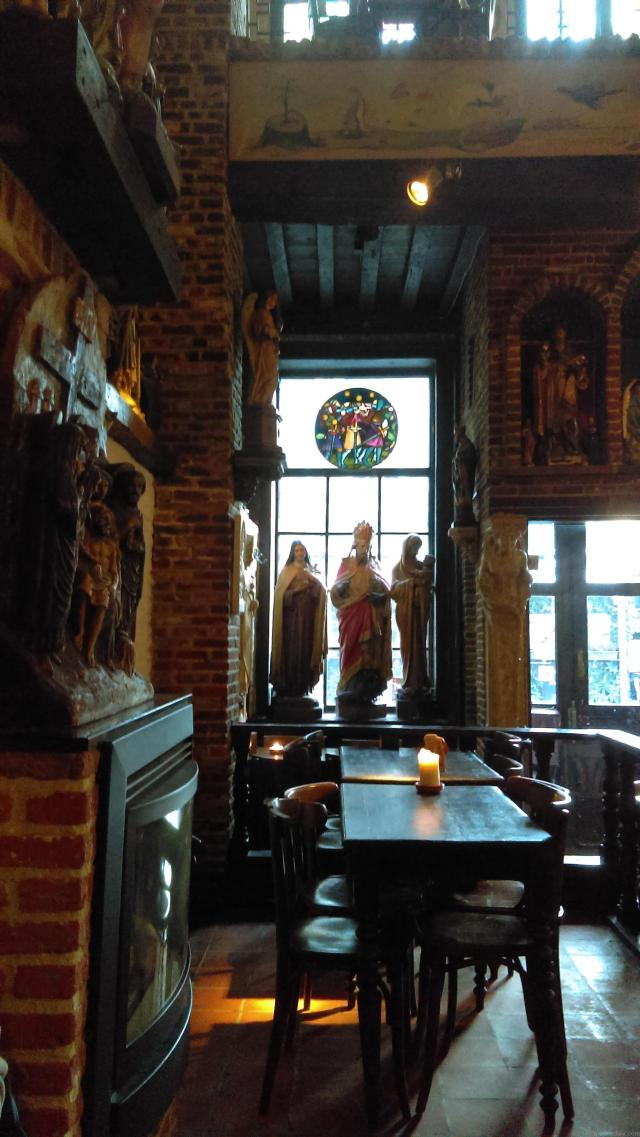 Absolutely Awesome Things To Do In Antwerp - Elfte Gebod