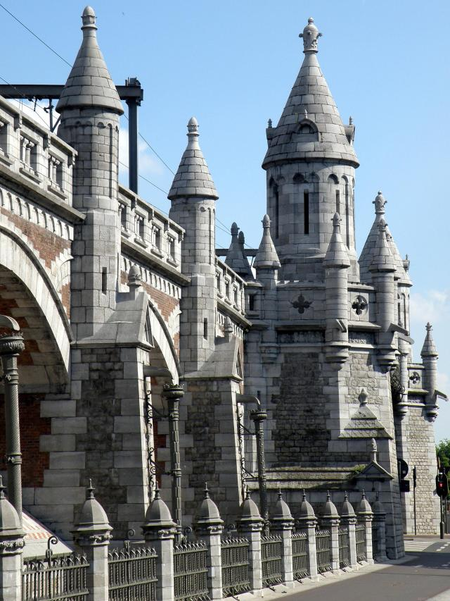 Absolutely Awesome Things To Do In Antwerp - Antwerp Railway Viaduct
