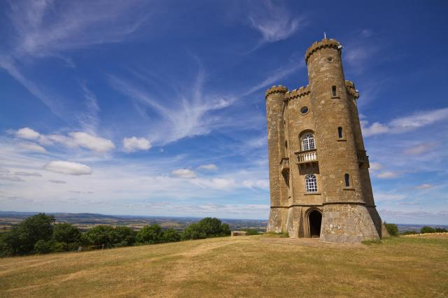 Visiting The 21 Prettiest Towns And Villages In The Cotswolds - Broadway Tower