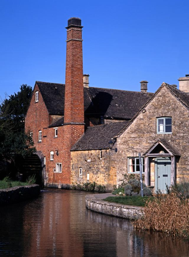 Visiting The 21 Prettiest Towns And Villages In The Cotswolds - the Old Mill on the River Eye, Lower Slaughter