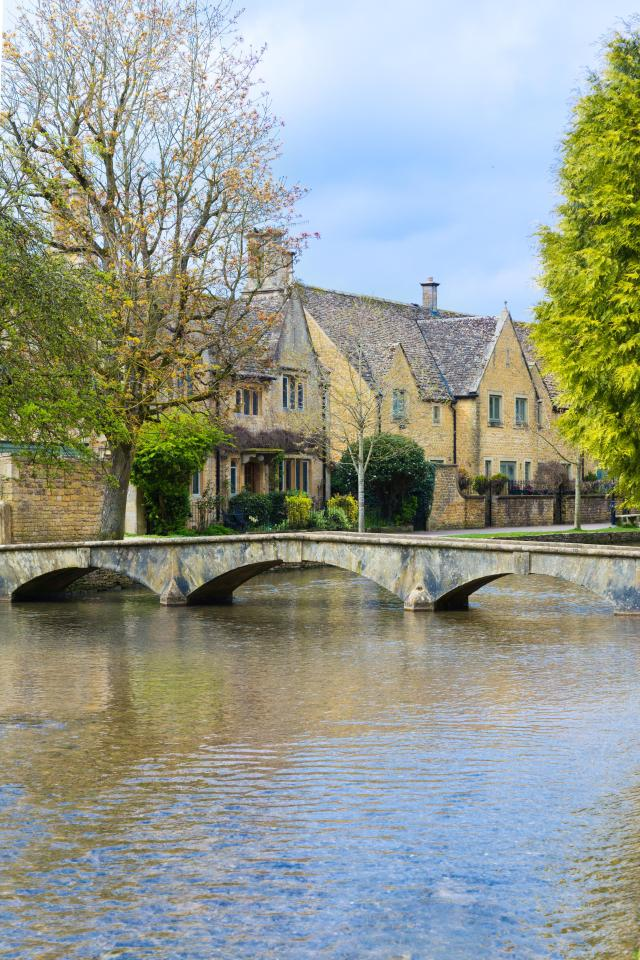 Visiting The 21 Prettiest Towns And Villages In The Cotswolds - Bourton on the Water