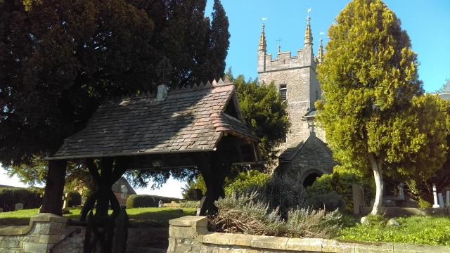 Blossom Trail in England's Vale Of Evesham - Church Lench