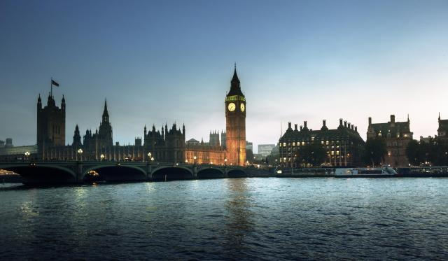 10 Day UK Itinerary River Thames at Sunset, with Big Ben and Westminster, London