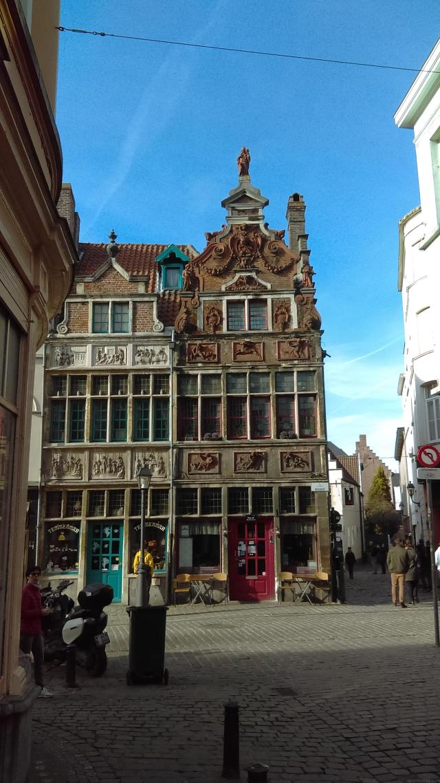 One Day In Ghent - Exploring the narrow cobbled streets of the Patershol