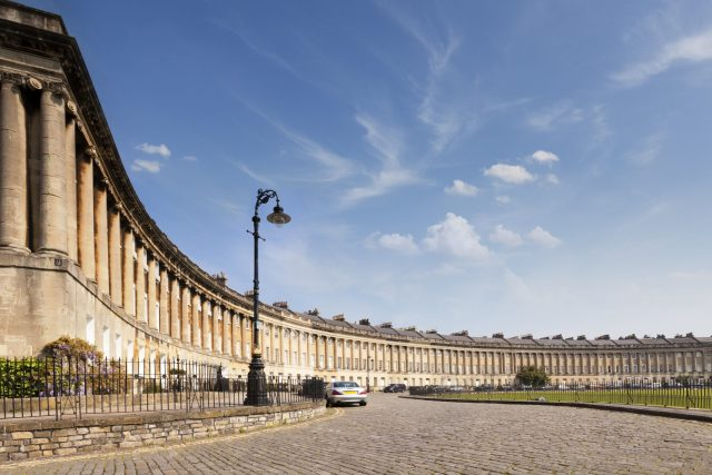 10 Day UK Itinerary - Bath Royal Crescent