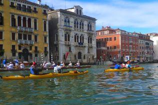 Kayaks, large amounts