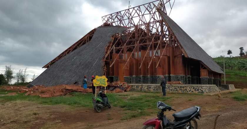 Atap Ambruk, Inspektorat Periksa Anggaran Geo Theater