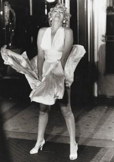 Marilyn-Monroe-7 yr itch White-Halter-Dress-